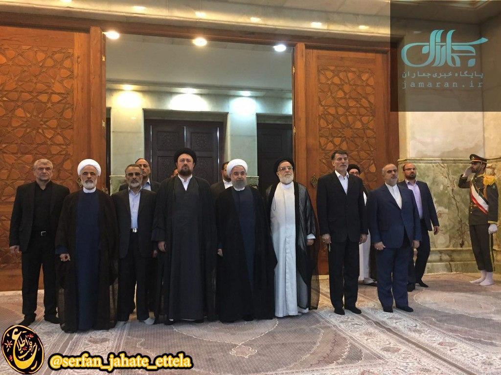 حضور رييس جمهور روحانی در حرم مطهر امام / دقایقی پیش