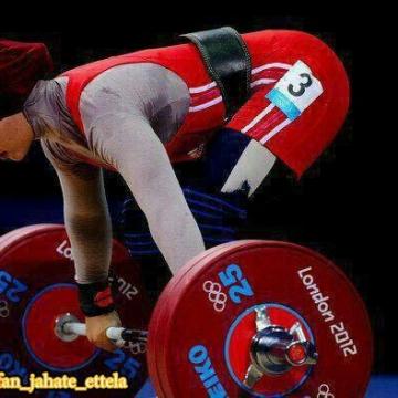 لباس بانوان وزنه بردار ایرانی تایید شد.