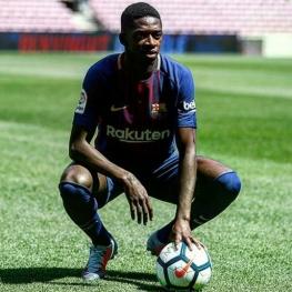 خرید ۱۰۵ میلیون یورویی بارسلونا بر روی ویلچر!