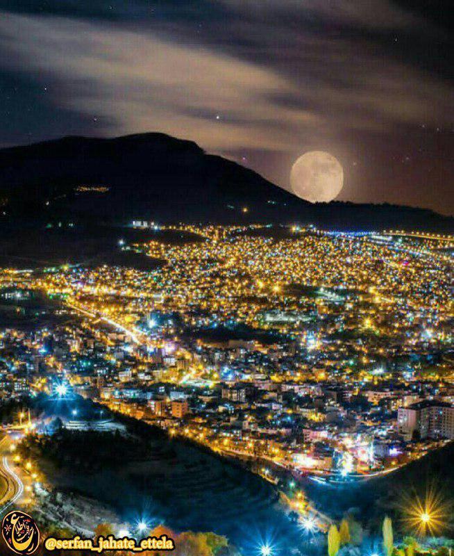 نمایی زیبا از شب های سنندج از کوه آبیدر