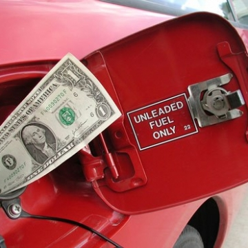 چگونه مصرف سوخت خودرو را کاهش دهیم؟