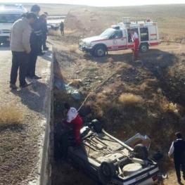 سقوط یک دستگاه خودرو سواری پژو ۴۰۵ از یک پل هشت متری در نزدیکی پایگاه امداد جاده ای تجرک