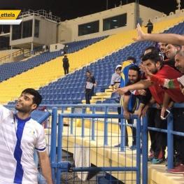 سلفی مهدی طارمی با هواداران ایرانی پس از برد مقابل تراکتورسازی