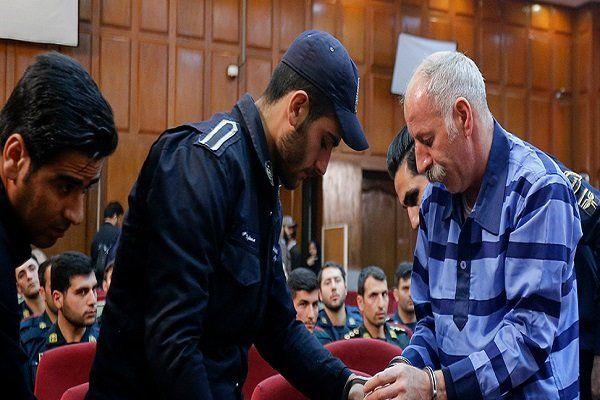 محمدرضا ثلاث: من عاشق اعدام هستم