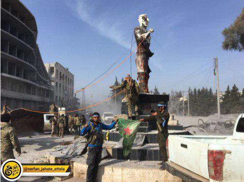 پایین کشیدن مجسمه کاوه آهنگر در مرکز عفرین