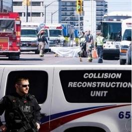 ۱۰ کشته و ۱۶ زخمی در اصابت خودرو به رهگذران در تورنتو