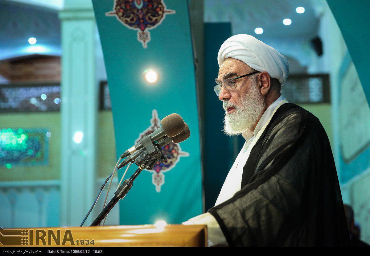 بستری شدن حجت الاسلام محمدی گلپایگانی در بیمارستان را تکذیب شد