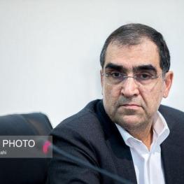 وزیر بهداشت: خطر بیسوادی مدرن، جامعه را تهدید میکند