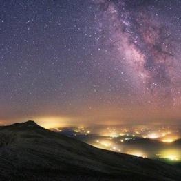 امشب سیاره ناهید در ۳.۴ درجه جنوب خوشه پروین قرار میگیرد