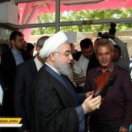بازدید  رییس جمهوری از کارگاه های تولید کفش در تبریز