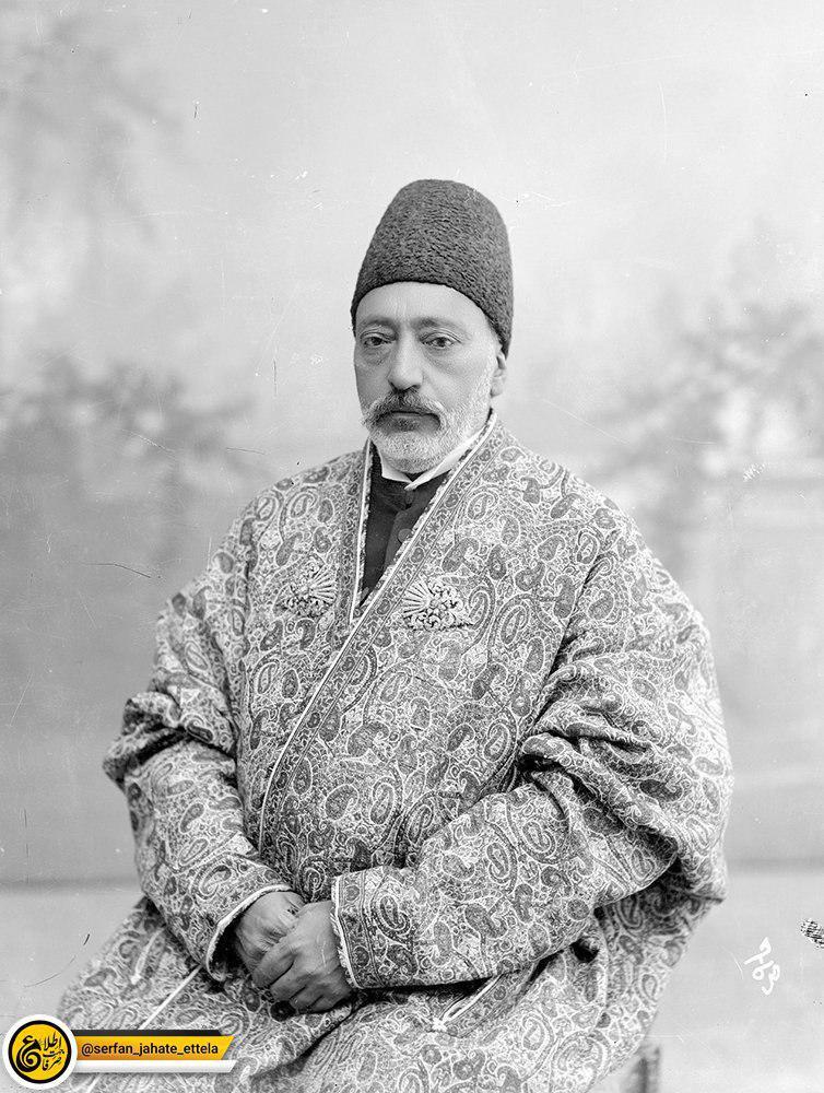 تصویر: حسینقلیخان مخبرالدوله، وزیر پست و تلگراف مظفرالدین شاه