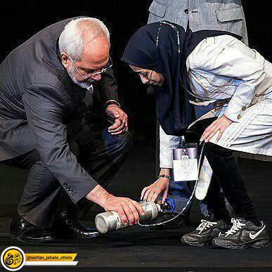ظریف در صفحه اینستاگرامش، خبر درگذشت خانم مژگان خطیبی رو داده
