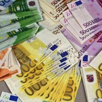 ثبت نصاب جدید برای یورو و پوند!