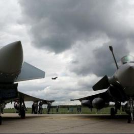 پرواز جنگندههای فرانسوی هنگام امتحانات دانشآموزان محدود میشود.