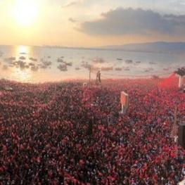 حضور میلیونی طرفداران محرم اینجه در شهر ازمیر