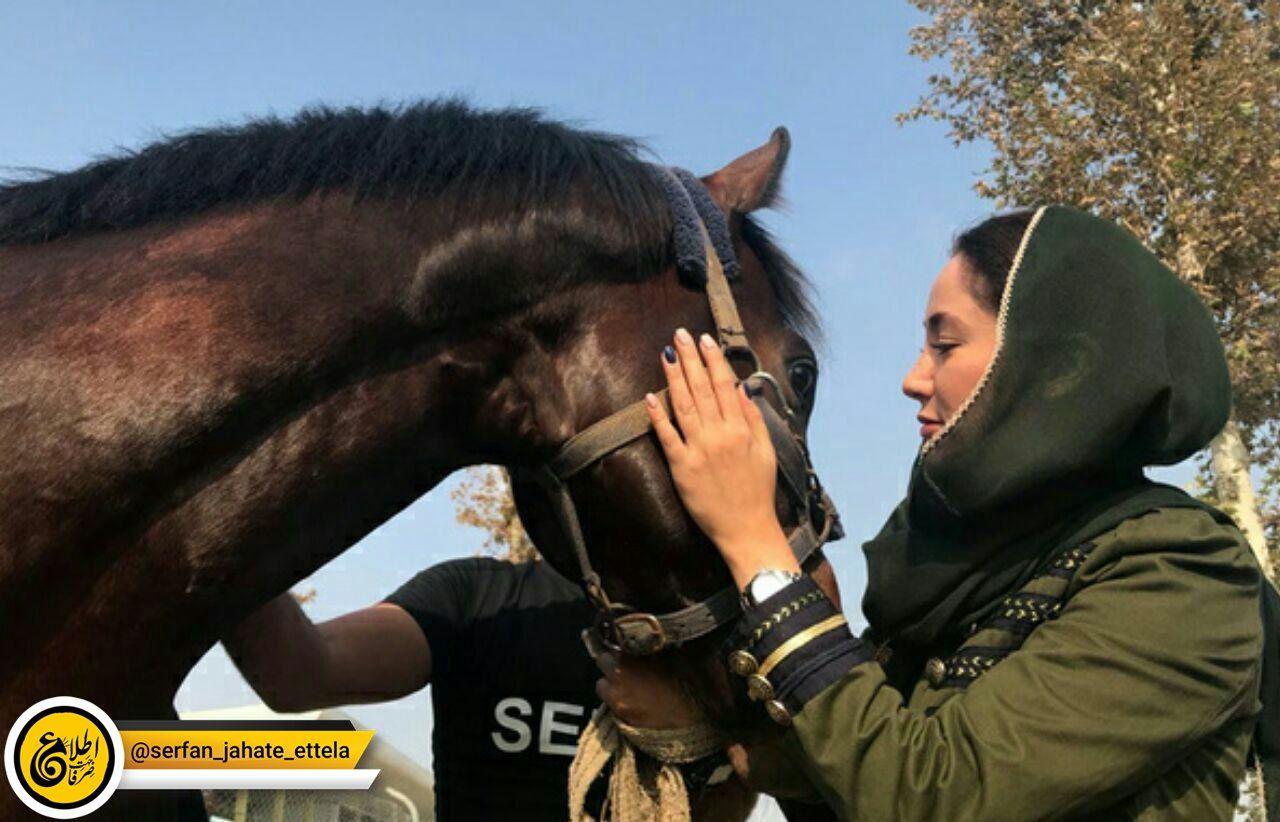 بهاره افشاری از قبول بیلبوردهای اهدای شهرداری تهران انصراف داد
