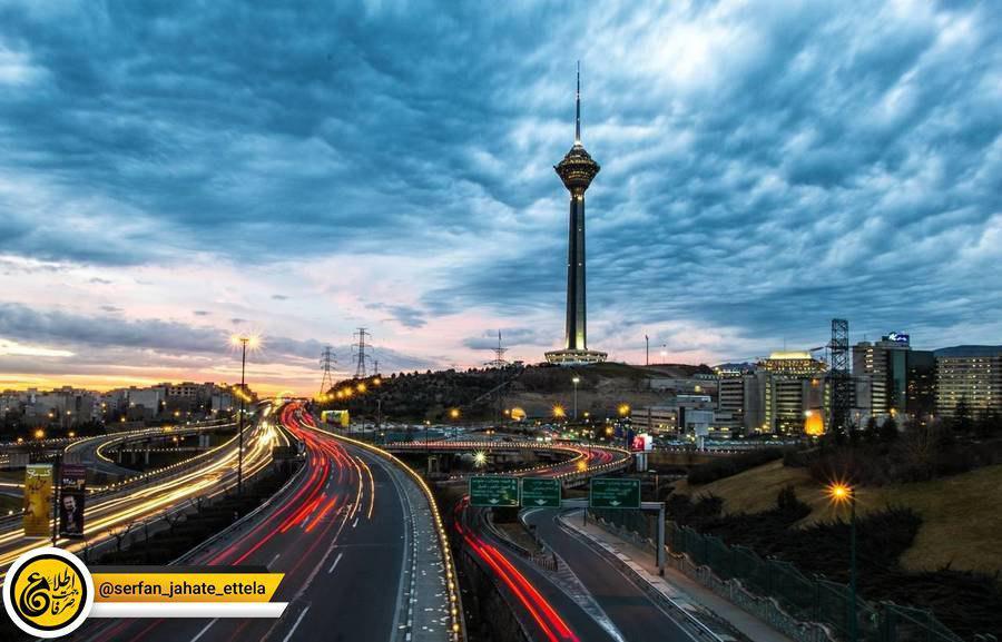 برج میلاد دوشنبه تعطیل شد