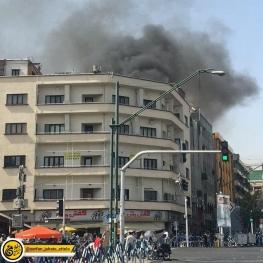 آتشسوزی در مجتمع کامپیوتر خیابان ولیعصر تهران