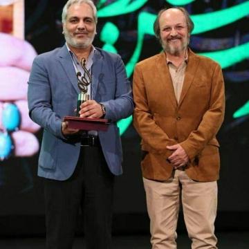 مهران مدیری برنده تندیس بهترین چهره تلویزیونی سال