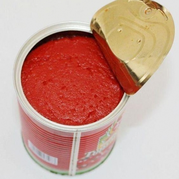 هنگامی که در فلزی ظرف رب را باز می کنید، شرایط زنگ زدن ظرف مهیا می شود