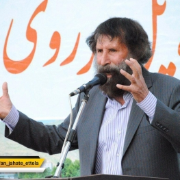 مصطفی باقری: ولی الله رستمی نژاد، دست فروش خرم آبادی به سمت رییس شورای شهر خرم آباد رسید