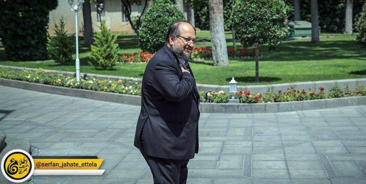 عضو کمیسیون صنایع و معادن مجلس: وزیر صمت در جلسه امروز که قرار بود استیضاح وی مطرح شود، حضور نیافت