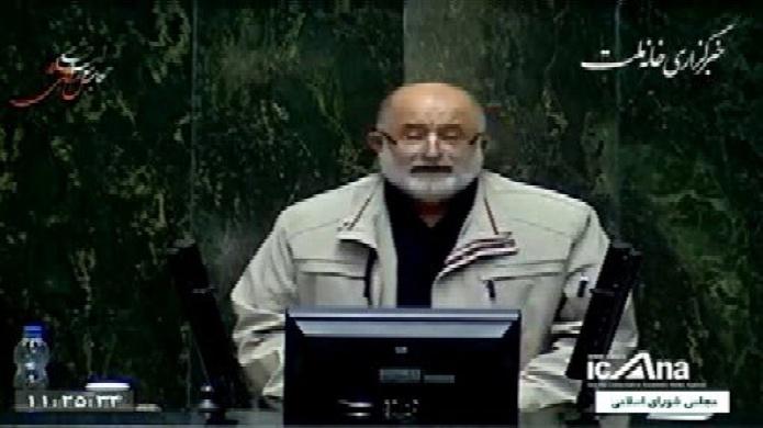 قاضیپور امروز معاهده ننگینی مثل گلستان٬ پاریس و ترکمنچای در مجلس تصویب شد