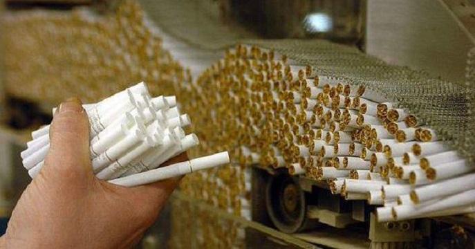 قاچاق سیگار دو میلیارد و ۱۲۰ میلیون نخ و مصرف آن معادل ۱۸ میلیارد و ۳۳۰ میلیون نخ