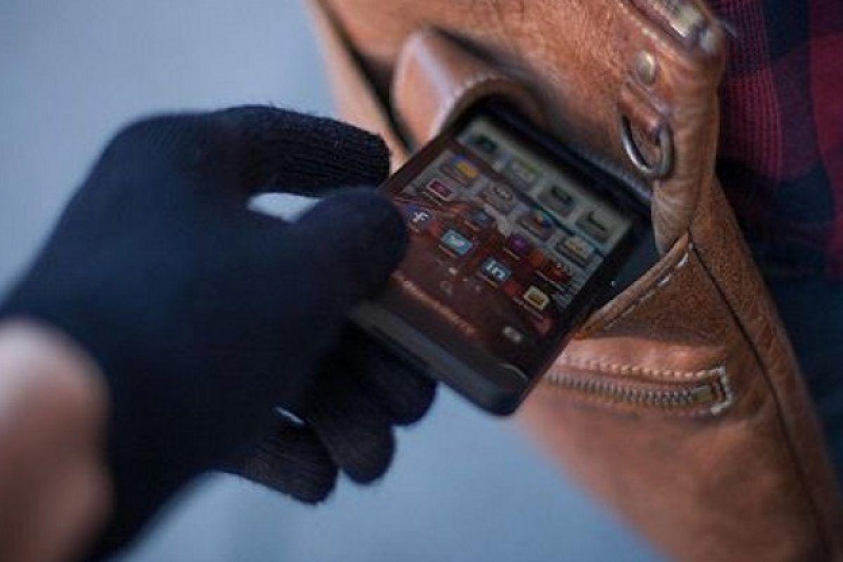 افزایش موبایلقاپی در ماههای اخیر به دلیل افزایش قیمت/هشدار پلیس به مزاحمان نوامیس