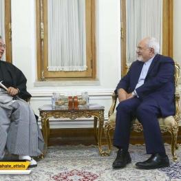 میتسو جو سایتو، سفیر جدید ژاپن در تهران، رونوشت استوارنامه خود را تقدیم محمدجواد ظریف کرد.