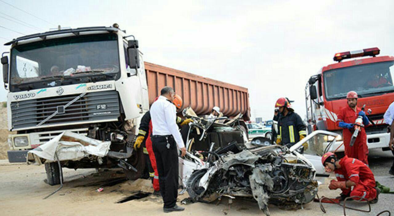 ۱۴ کشته و مجروح در تصادف تریلی و پژو ۴۰۵