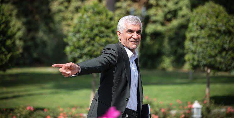 قنبری، مشاور پارلمانی شهردار تهران: افشانی ۱۰ روز دیگر شهرداری را ترک میکند