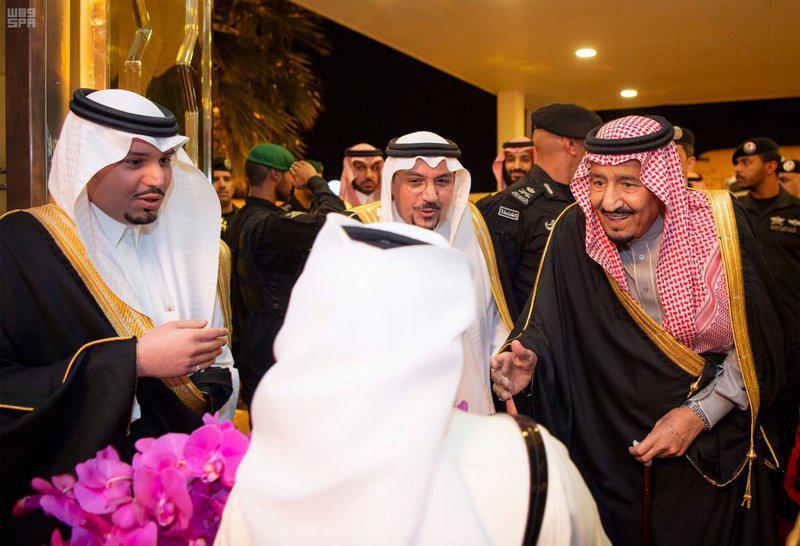 شاه سعودی در اقدامی بیسابقه به انجام سفرهای استانی و تلاش برای ترمیم جایگاه روی آورده است