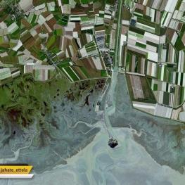 تصویر هوایی زیبا از یک زمین کشاورزی