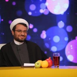 اسماعیل آذری نژاد:بعد از شش سال فعالیت حوزه علمیه با آن همه سرمایه و رسانه هنوز یک «سلام» به من نکرده است!