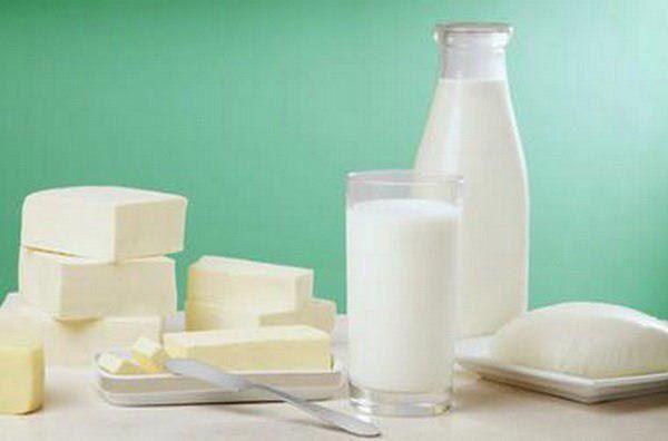 قیمتهای جدید و کاهشی محصولات لبنی که بر پایه شیرخام هر کیلوگرم ۲۰۰۰ تومان تعیین شد