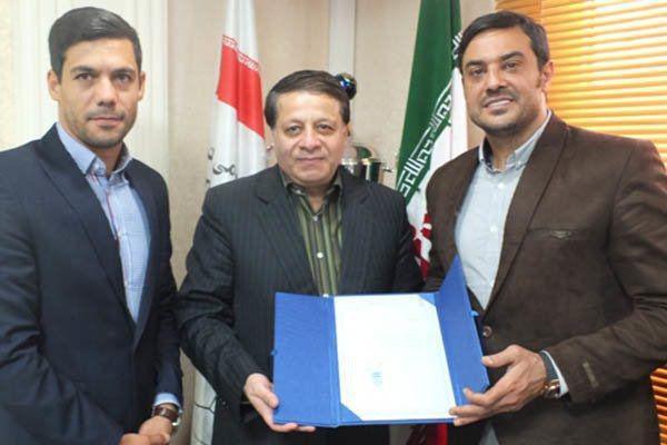 با قبول استعفای محمدرضا ساکت، ابراهیم شکوری دبیرکل فدراسیون فوتبال ایران شد.
