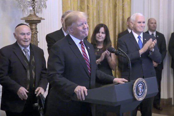 ترامپ :برجام توافق وحشتناکی بود که هرگز نباید منعقد میشد.