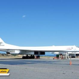 روسیه دو بمب افکن با قابلیت حمل سلاح هسته ای به ونزوئلا فرستاد