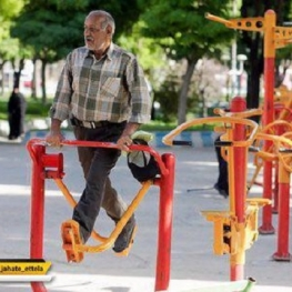 دستگاههای موجود در پارکها به منظور آمادگی جسمانی پیشبینی شدهاند و به هیچ وجه قابلیت درمانی برای افراد ندارند