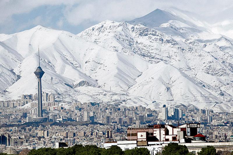 بوی زلزله میآید؟ / پلاسکو هم بو را گردن نگرفت؛ زلزله میتواند عامل بوی بد تهران باشد؟