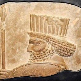 سردیس سرباز هخامنشی در موزه بزرگ خراسان به نمایش گذاشته شد