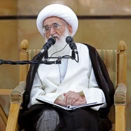 آیتالله نوری همدانی: مساله بدحجابی یکی از فاجعههای بزرگی است که امروز در ایران به وجود آمده و در حال عادی شدن است