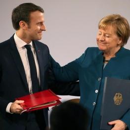 """امضای پیمان دوستی بین آلمان و فرانسه در """"آخن"""" آلمان"""