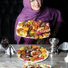 بهنوش بختیاری: غذاهای مورد علاقهام، چلوکباب، کلهپاچه، ماهی، میگو ست