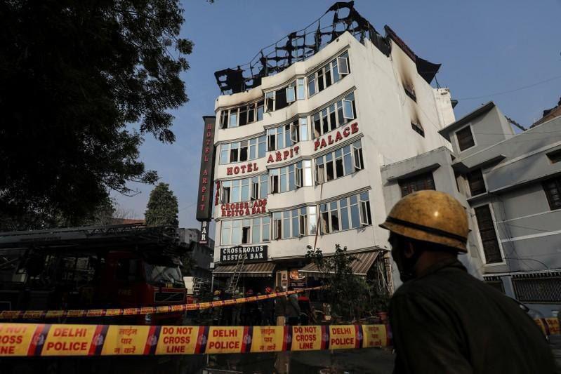 آتشسوزی بامداد امروز در هتل «آرپیت پالاس» دهلینو