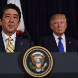 نخستوزیر ژاپن بهدرخواست دولت آمریکا، ترامپ را سال گذشته نامزد دریافت جایزه صلح نوبل کرده بود