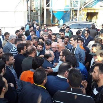 شریعتمداری، وزیر کار در جریان سفر استانی به خوزستان از شرکت نیشکر هفت تپه بازدید کرد