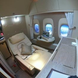 ویدیو: سوئیت جدید فیرست کلاس هواپیمایی امارات (۷۷۷)