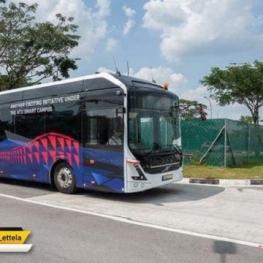 خودروسازی ولوو از یک اتوبوس برقی خودران ۱۲ متری رونمایی کرده که با ۹۳ نفر ظرفیت قابلیت حمل ۵۷ سرنشین ایستاده را نیز دارد.